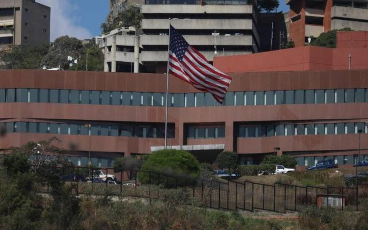 La embajada de los Estados Unidos en Caracas, Venezuela.