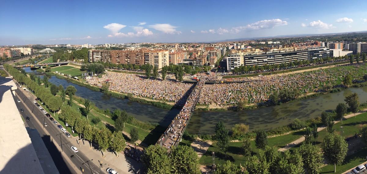 Vista general de la manifestación de Lleida.