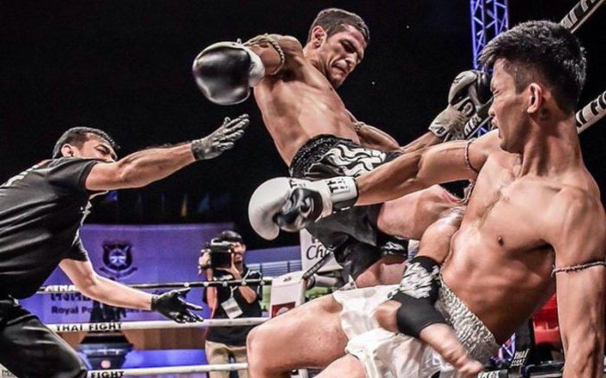 Un carterista prova de robar el mòbil a un campió de boxa tailandesa i acaba a l'hospital