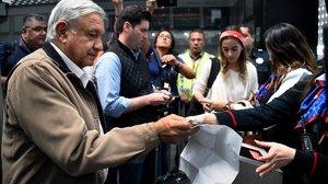 López Obrador desconcerta l'oposició amb el seu estil transgressor