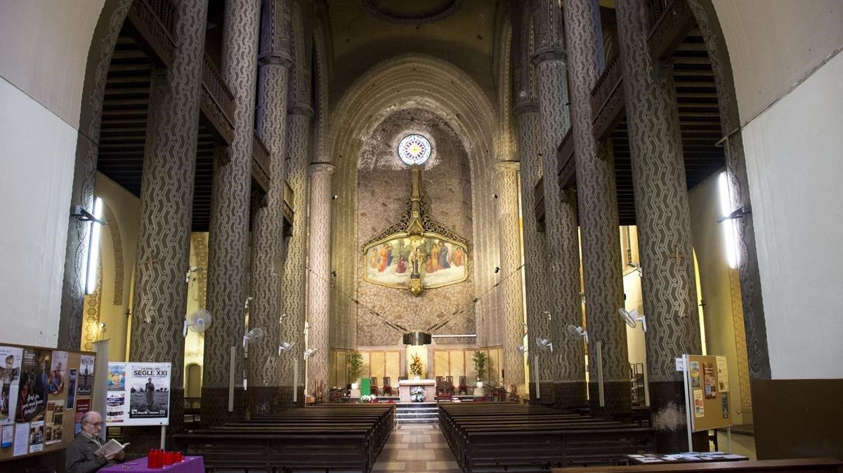 Interior de la iglesia del Carme, levantada por Josep Maria Pericas y parcialmente destruida durante la guerra civil.