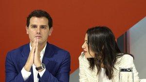 """Rivera rebutja els """"envits"""" de Vox"""