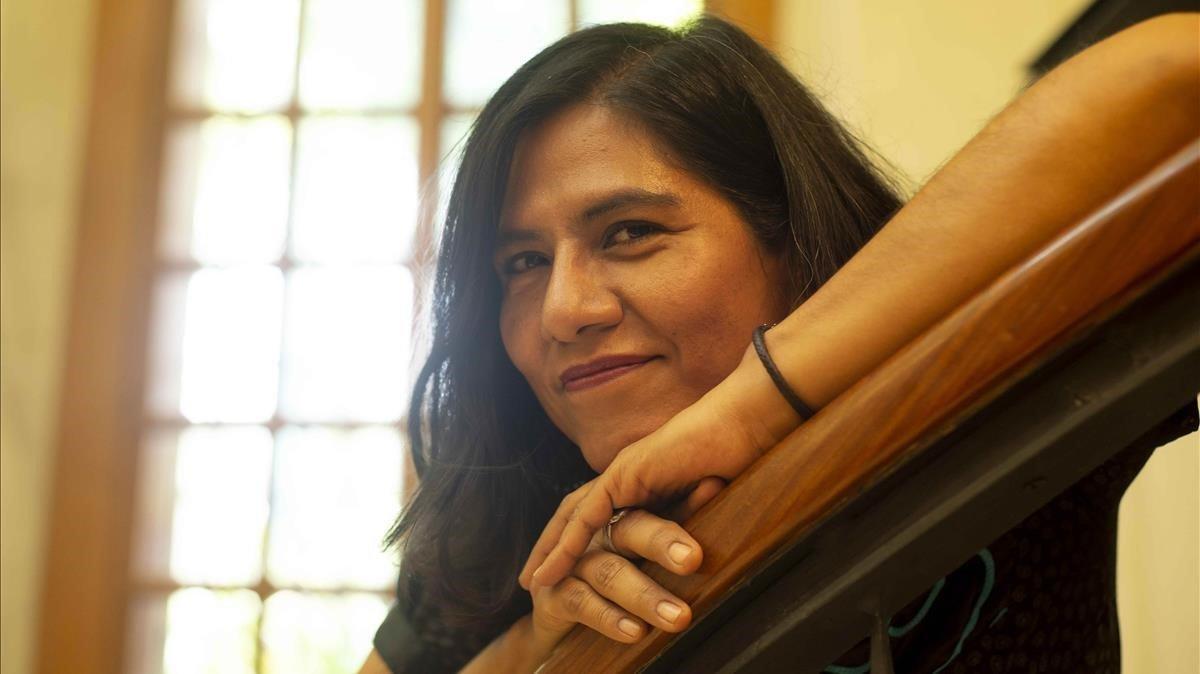 Socorro Venegas explora el costat més fosc de la maternitat