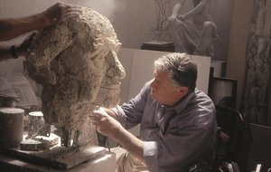 Mor l'escultor Manuel Cusachs als 85 anys