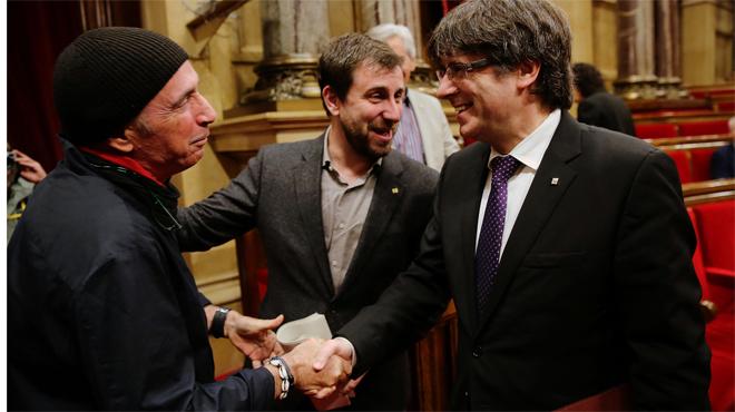 Puigdemont defensa Llach al Parlament.