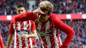 Griezmann festeja el 1-0 del Atlético al Las Palmas en el Wanda.