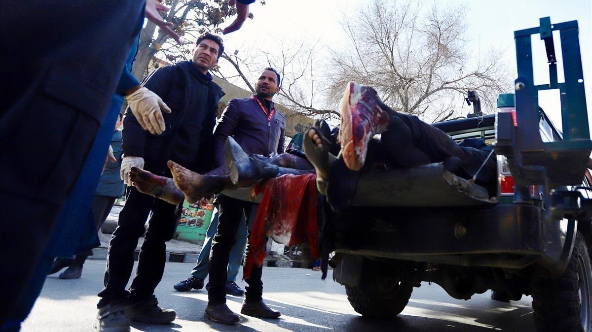 Al menos 16 muertos en dos atentados en Afganistán