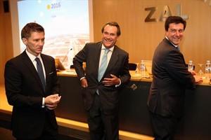 Alfonso Martínez, director general de Cilsa; Sixte Cambra, presidente de Port de Barcelona, e Ismael Clemente, consejero delegado de Merlin Properties.