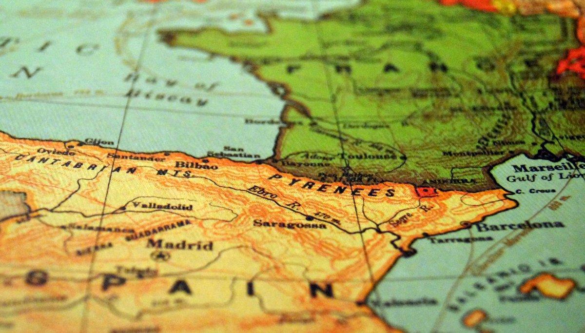 Autónomos: ¿qué trámites hay que hacer si te vas a trabajar fuera de España?