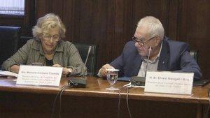 Carmena y Maragall, en la comisión de estudio sobre Derechos Civiles y Políticos del Parlament, este viernes.