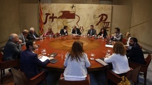 Consell Executiu en el Palau de la Generalitat.