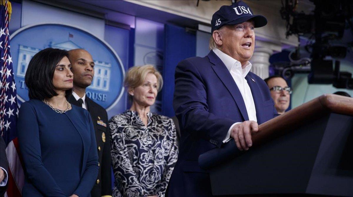 Donald Trump este sábado en rueda de prensa.