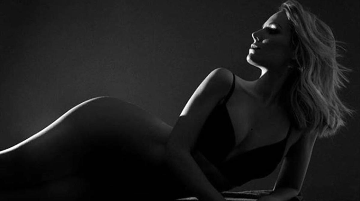 El posado sensual de Edurne.