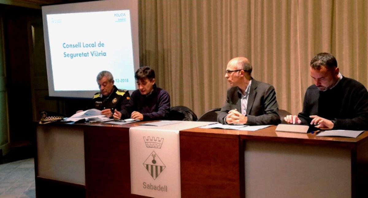 Entidades, cuerpos y administración trabajarán juntos en el desarrollo del Plan Local de Seguridad Vial en Sabadell.