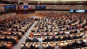 La Eurocámara durante la votación de hoy jueves sobre el proyecto de ley del Gobierno de Polonia.