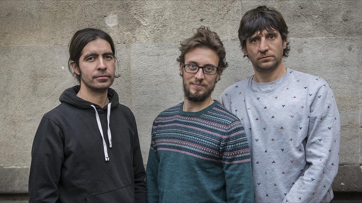 Gertrudis, con Xavi Freire, Xavi Ciurans (centro) y Edu Acedo