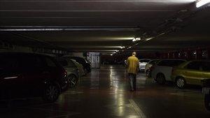Interior del aparcamiento situado bajo la rambla de Brasil, esta semana