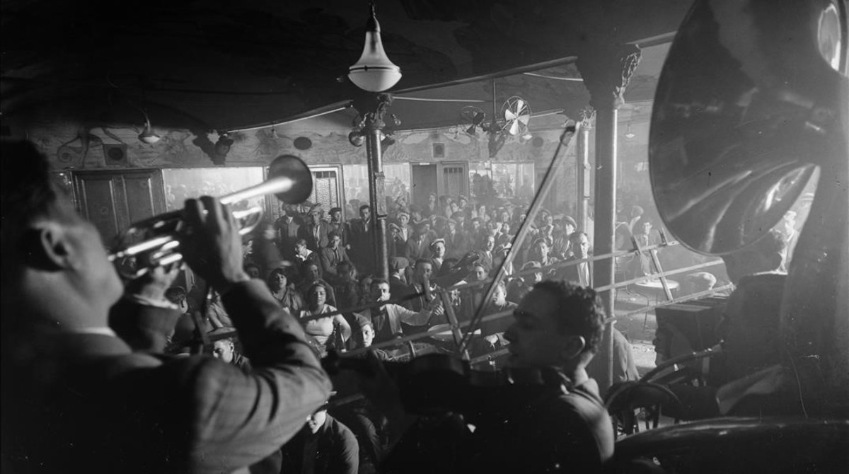 La Criolla, vista desde la glorieta de los músicos, habitualmente orquestas de jazz y tango.