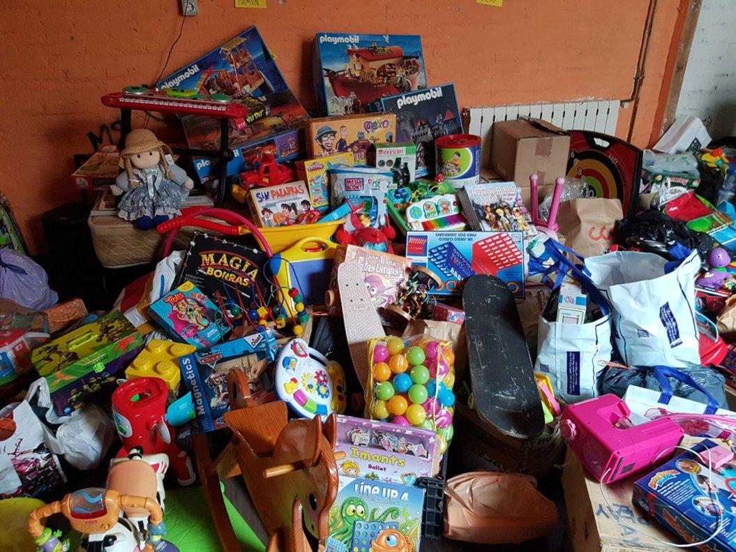 Rubí arrenca l'edició nadalenca de la seva campanya per a la recollida de joguines 'Encara podem donar molt de joc'