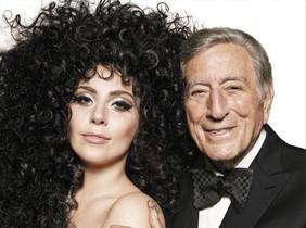 Lady Gaga y Tony Bennett anuncian la Navidad para H&M.