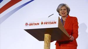 May pronuncia un discurso durante el congreso de primavera del Partido Conservador en Cardiff (Gales), el 17 de marzo.