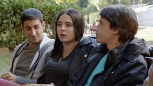 Pau Poch, Berta Prats y Marcos Franz, en una imagen de Merlí.