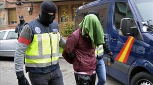 Momento de la detención de un presunto yihadista.