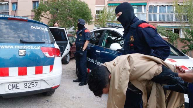 Shan produït diverses entrades i registres i shan practicat diverses detencions.