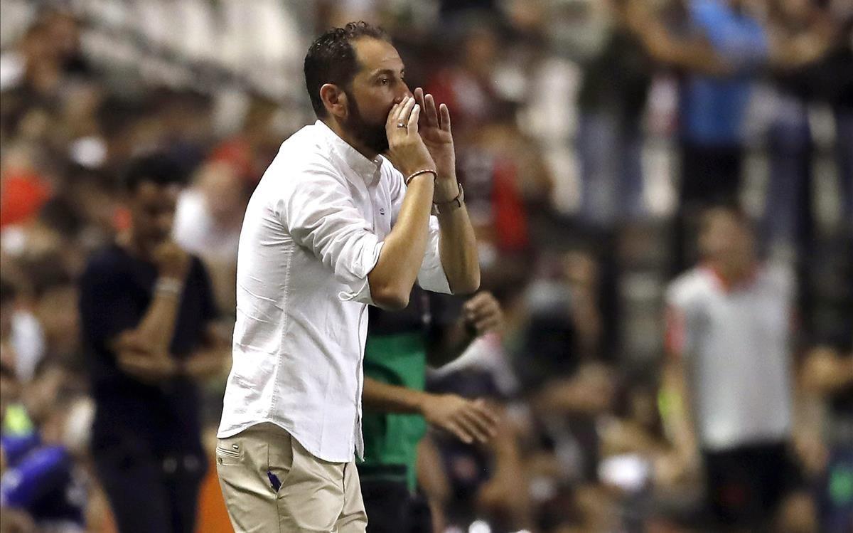 Pablo Machín, técnico del Sevilla, en la primera jornada de Liga
