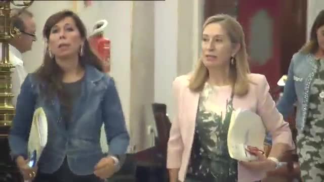 Este es un órgano constitucional, la Mesa no permite y no admite las presiones, ha dicho Ana Pastor.