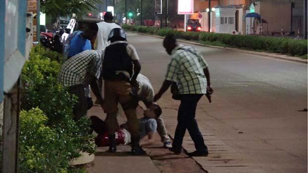 18 persones han mort en un atemptat a Burkina Faso.