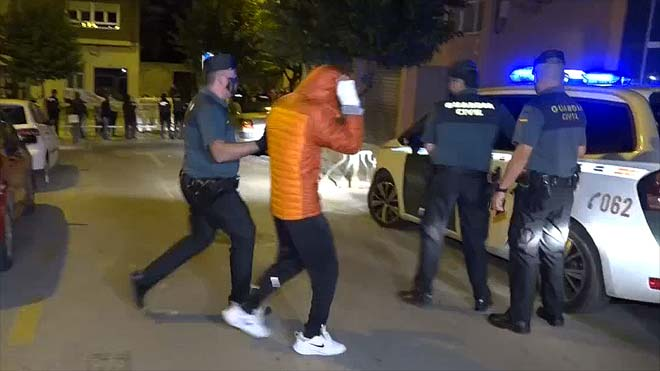 Prisión sin fianza para cuatro detenidos por la violación grupal a una menor en L'Olleria (Valencia).