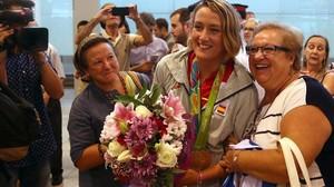 Els medallistes olímpics arriben a Espanya entre aplaudiments