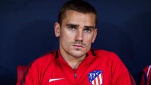 Griezmann, en el banquillo del Atlético en el partido ante el Espanyol.