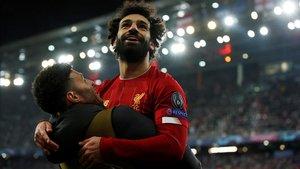 Salah celebra el segundo gol del Liverpool ante el Salzburgo.