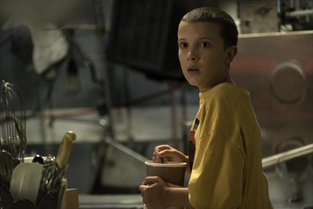 La joven Millie Bobby Brown, en Stranger Things, de Netflix.