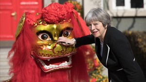 Theresa May, en su viaje oficial a China.
