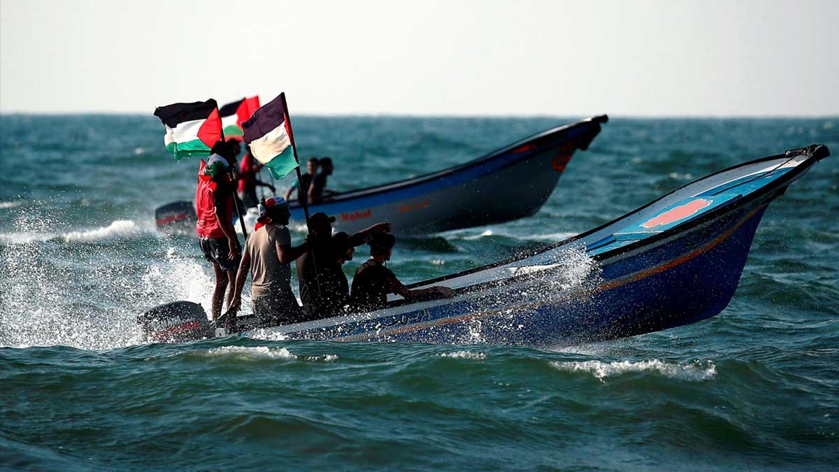 Una flotilla de barcos pesqueros parte de Gaza para romper el bloqueo israelí