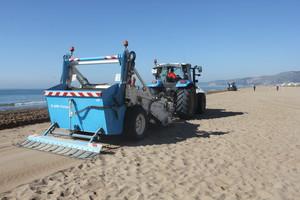 Una de las playas metropolitanas, durante los cuidados.