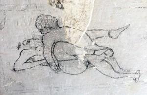 Uno de los 'grafitto' eróticos pintados en las mazmorras del castillo de Montjïc durante la guerra civil.