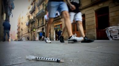 """El Raval tem una """"onada de narcoturisme"""" aquest estiu"""