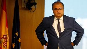 Ángel Ron en la comisión de investigación de la crisis en el Congreso, en julio.
