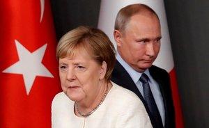 """Putin expressa a Merkel la seva """"seriosa preocupació"""" per la situació a Ucraïna"""