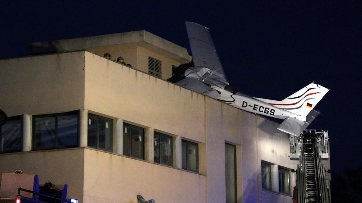 Un informe conclou que l'avioneta estavellada a l'aeroport de Sabadell el 2018 va fer «una incorrecta maniobra d'aproximació»