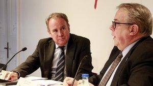 Roger Loppacher (izquierda) y Jaumes Padrós, en el Col·legi de Periodistas de Catalunya.