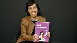 La periodista Esther Vivas con su nuevo libro.