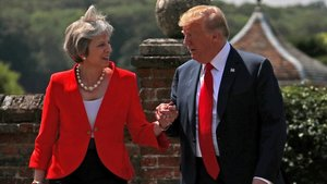 Trump arriba al Regne Unit en plena successió de May