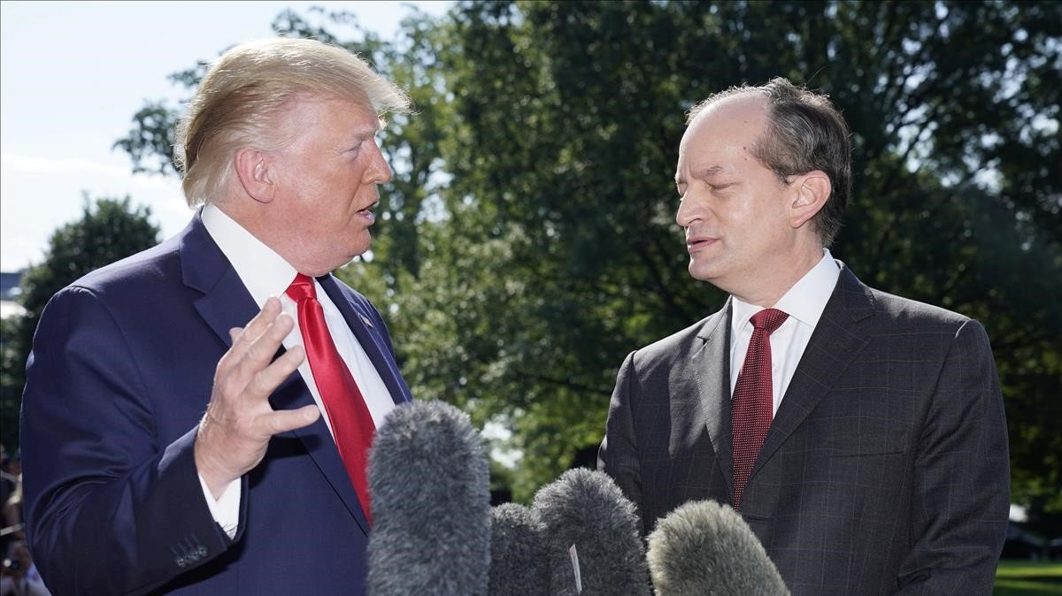 Dimiteix el secretari de Treball de Trump pel 'cas Epstein'