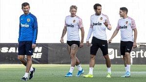 Celades busca la tecla de Mestalla davant les seves arrels futbolístiques