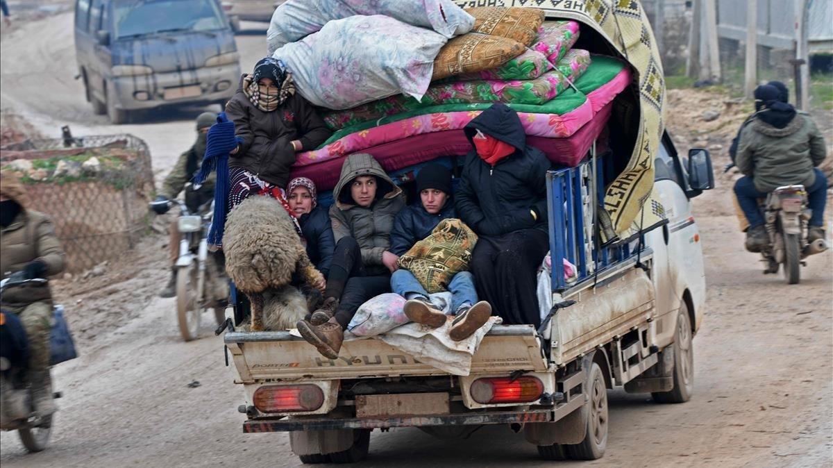 L'ofensiva d'Idlib provoca l'èxode de 800.000 persones